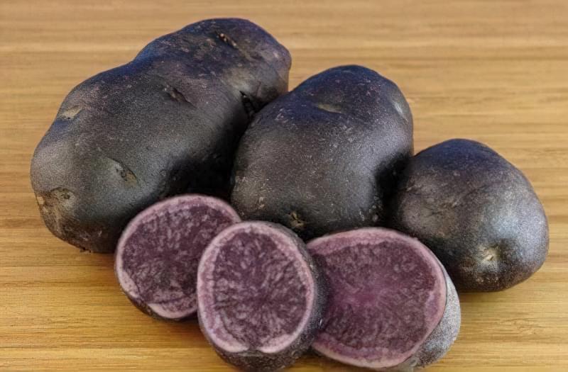 Як виростити фіолетову картоплю в себе на городі? 3
