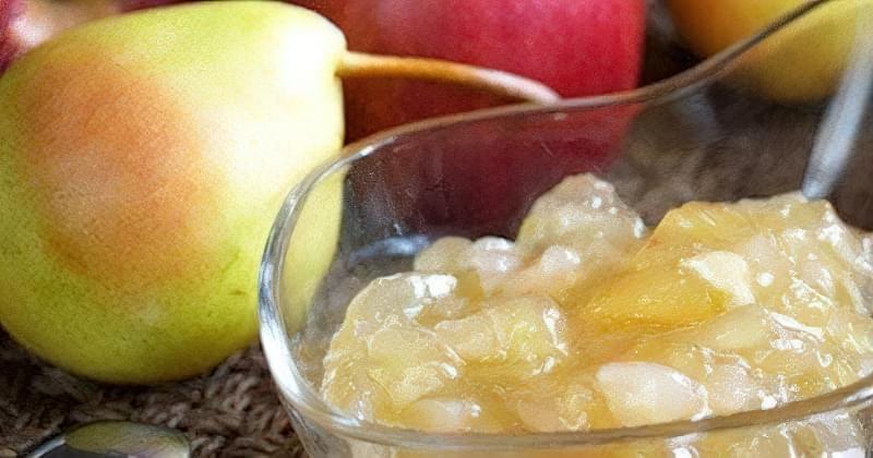 У варення з гарбуза з яблуками можна додати груші та горіхи