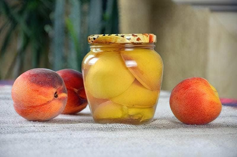 Рецепти приготування консервованих персиків по-домашньому 11