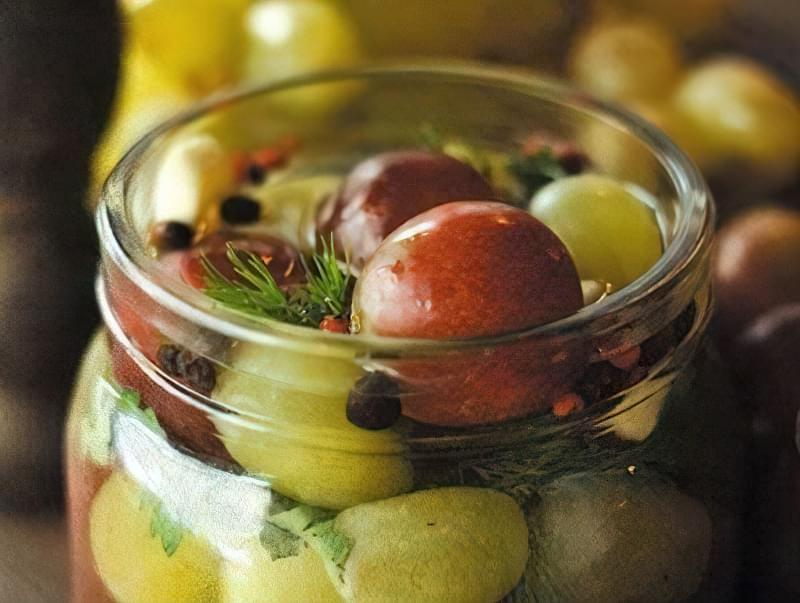 Маринований виноград по-грузинськи