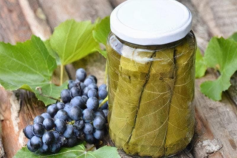 Маринування виноградного листя
