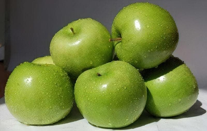 Історія відкриття та опис яблуні сорту Симиренка 1