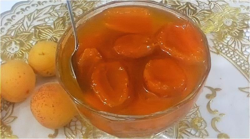 варення з абрикосів часточками в сиропі