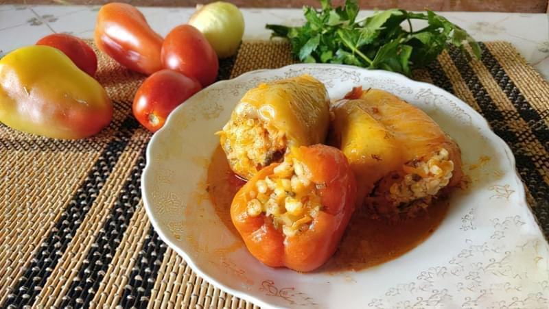 Фарширований перець з булгуром і овочами 15