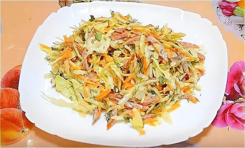 Салат зі свіжої капусти - прості і дуже смачні рецепти 2