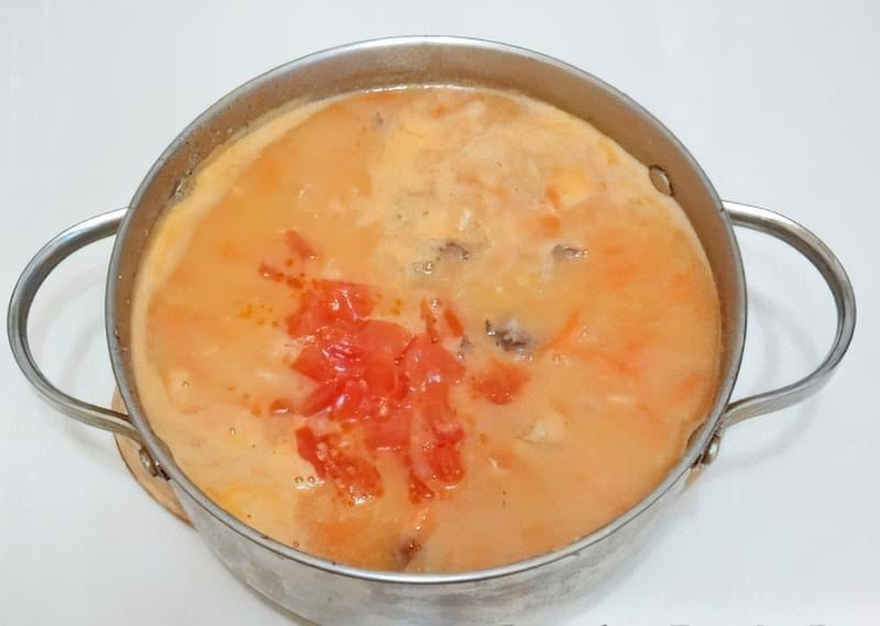 Густий гороховий суп зі свининою і копченою куркою 13