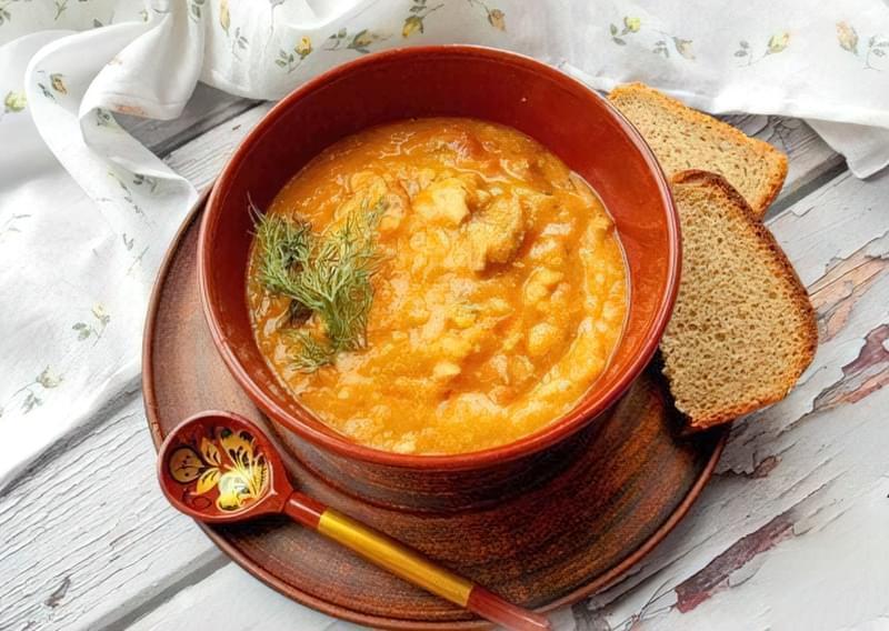 Густий гороховий суп зі свининою і копченою куркою 16