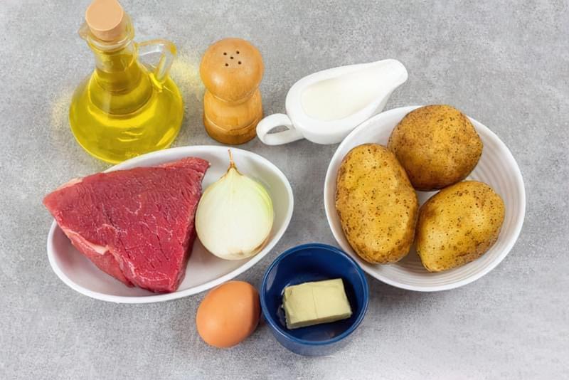 Картопляна запіканка з вареним м'ясом 1