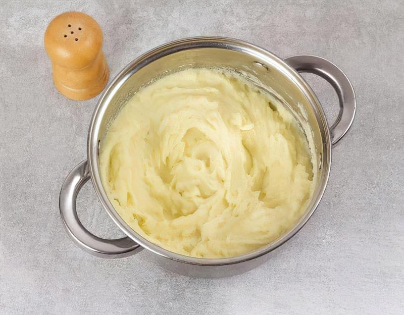 Картопляна запіканка з вареним м'ясом 9