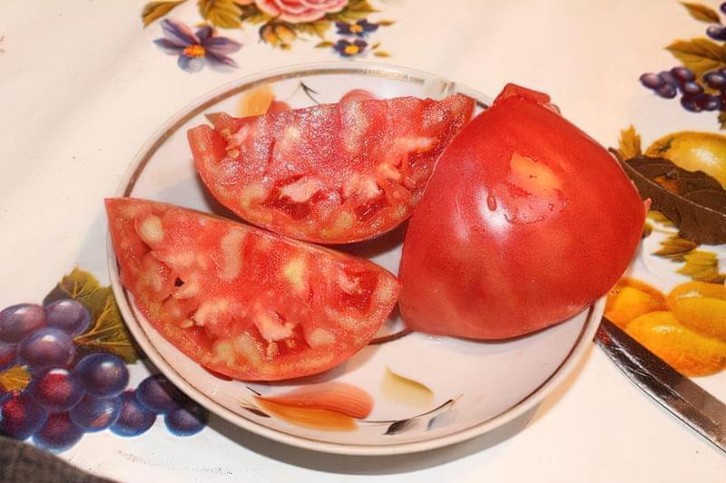 Чому помідори всередині білі і жорсткі 4
