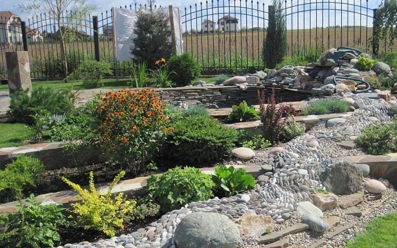 Каміння в ландшафтному дизайні - всі варіанти застосування 1