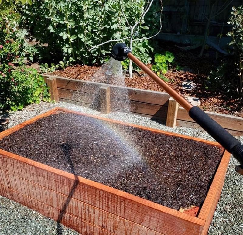 Як вибрати насадку-лійку для садового шланга 4